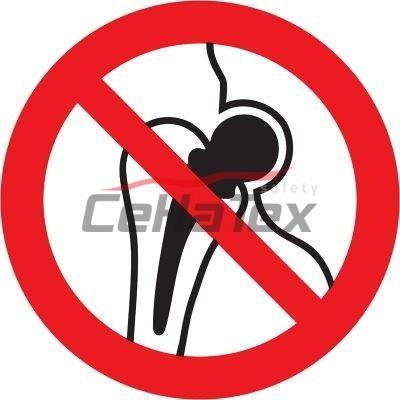Zákaz vstupu osobám s implantátom z kovu